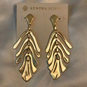 🆕Kendra Scott Luca Statement Earrings in Gold